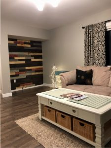 living room renovation, pallet wall